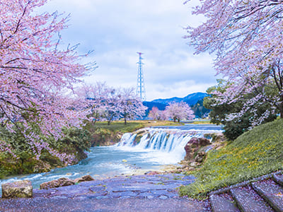 Junigataki Falls